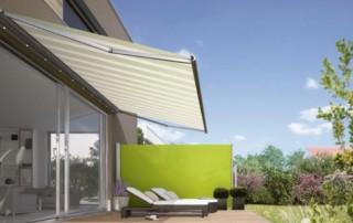 garden patio green and white