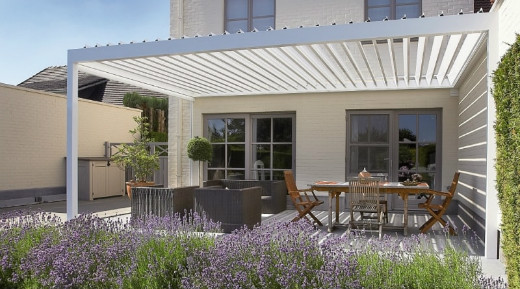 Louvered Roof Canopies & Pergolas With A Remote Controlled