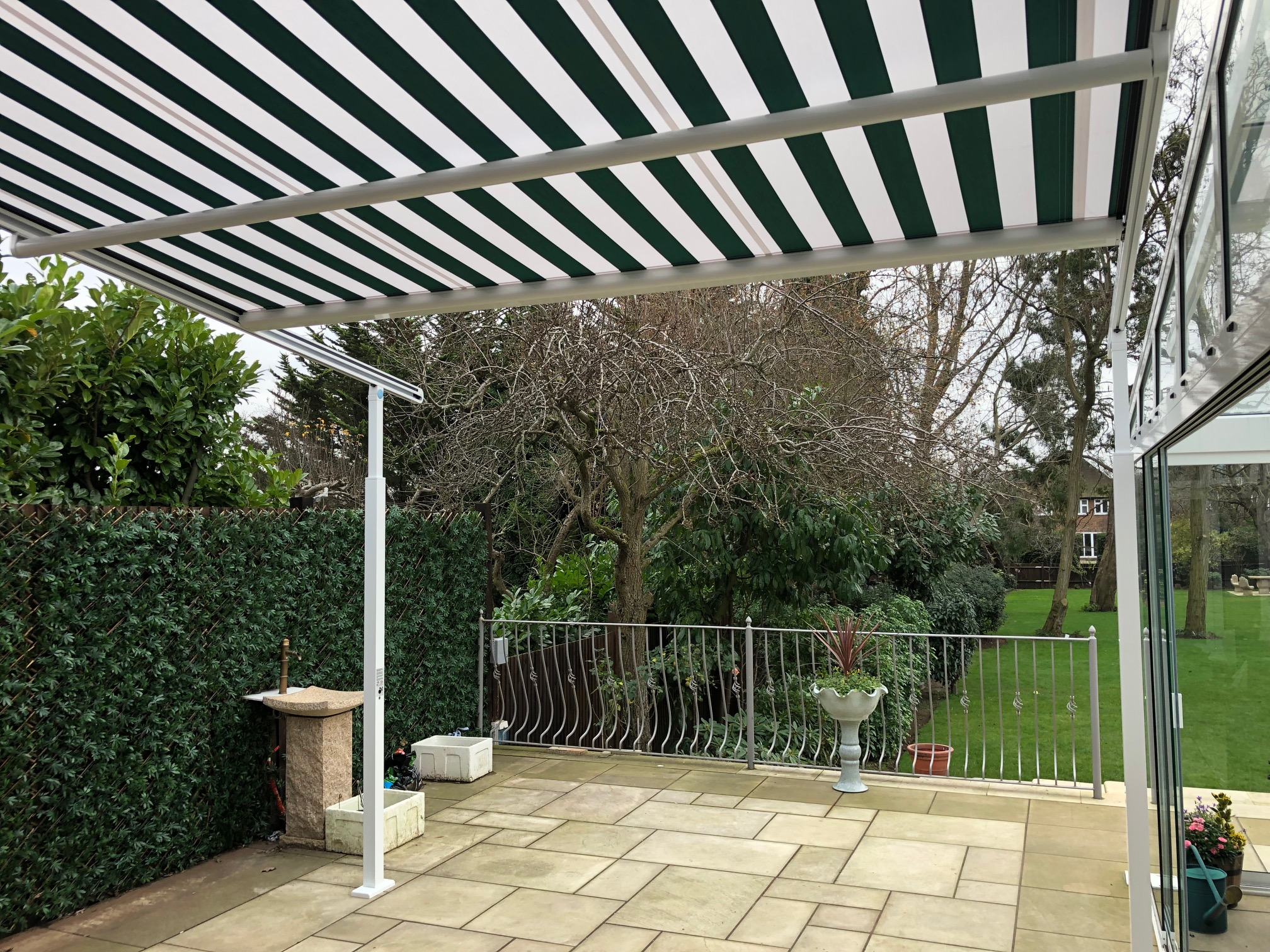 Awnings Patio Awnings Supplied Amp Installed In The Uk By